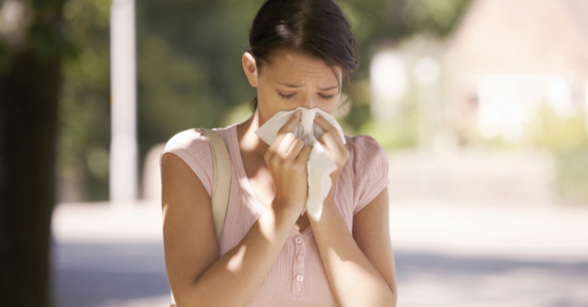 Decoding the Symptoms: Common Colds vs  Allergies - KnowYourOTCS